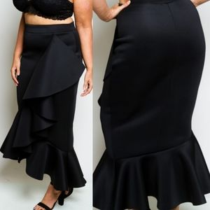 🆕️Black Asymmetrical Ruffled Peplum Long Skirt